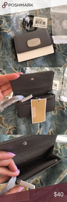 Michael Kors jet set coin purse NEW leather coin purse in heather grey Michael Kors Bags Wallets