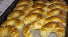 Pamuk kiflice - najmekše kiflice na svetu! Pastry Recipes, Bread Recipes, Cooking Recipes, Ice Cream Candy, Good Food, Yummy Food, Salty Snacks, Home Baking, Bread And Pastries