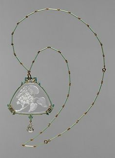 Lalique pendant and chain | Gold, enamel, glass, diamonds | c. 1905