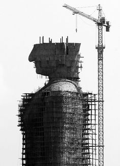 #andamios en la construcción de la estatua de Buddha, Tailandia