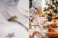 Estrelas espalhadas pela mesa de Natal. Ideia simples para o Natal. Taças de vidro. Luzes natalinas. Decoração de mesa.