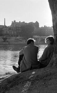 Vintage Couples, Vintage Love, Vintage Kiss, Vintage Photography, Couple Photography, Free Photography, Photography Courses, Robert Mapplethorpe, Old Fashioned Love