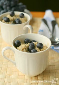 High Protein Breakfast Quinoa by The Best of this Life Blueberries only OK for after two weeks. High Protein Breakfast, Quinoa Breakfast, High Protein Snacks, High Protein Recipes, Healthy Breakfast Recipes, Healthy Recipes, Breakfast Ideas, Quinoa Protein, Healthy Eats