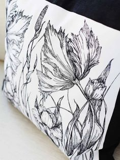 Line art flowers created on pillows! Home dec - Embroidery Collection: Line Art Flowers #263