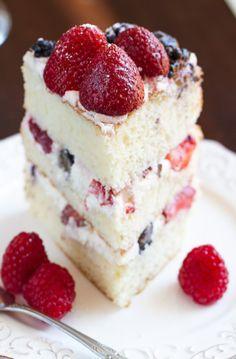 Berries and Cream Sponge Cake - Life Made Sweeter - Berries and Cream Sponge Cake is the perfect dessert to use up summer berri. Fruit Sponge Cake, Sponge Cake Recipes, Easy Cake Recipes, Fruit Recipes, Baking Recipes, Dessert Recipes, Sweet Recipes, Fruit Birthday Cake, 90th Birthday