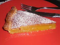 La Tarte de Lamego a comme éléments principaux les amandes, les oeufs et sucre, se caractérise comme étant une recette un peu sucrée.