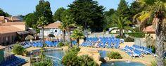 Le Fief - Camping Sunêlia. Situé dans la jolie station balnéaire de Saint-Brévin-les-Pins, en Loire-Atlantique, ce camping 5* vous accueillera pour des vacances ludiques et familiales.