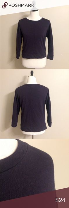 Madewell light sweatshirt Madewell light sweatshirt. Navy with pink threading. The pink threading is not noticeable unless looking close. Loose fit.Good condition! Madewell Tops Sweatshirts & Hoodies