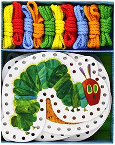 The Very Hungry Caterpillar Lacing Cards de Eric Carle https://www.amazon.fr/dp/1452108196/ref=cm_sw_r_pi_dp_x_jdaTybE302CGV