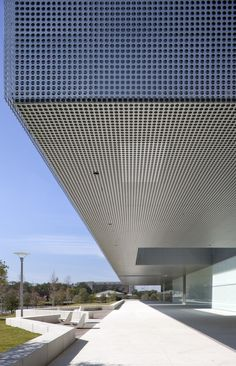 Gallery of Tampa Museum of Art / Stanley Saitowitz | Natoma Architects - 15