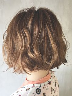 Pin on ボブ Short Permed Hair, Wavey Hair, Asian Short Hair, How To Curl Short Hair, Permed Hairstyles, Pretty Hairstyles, Short Hair Cuts, Medium Hair Styles, Curly Hair Styles