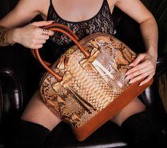 Die neuen Luxus-Taschen von Saribags. Für weitere Infos: www.proudmag.com