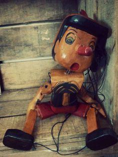 Ancienne marionnette PINOCCHIO  http://www.leboncoin.fr/annonces/offres/bretagne/?f=a&th=1&q=antiquaillerie