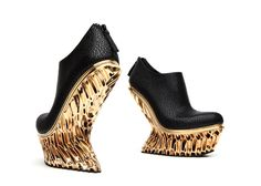 New York designer Francis Bitonti has created a range of shoes for Dutch footwear brand United Nude, with different 3D-printed heels shaped using algorithms.