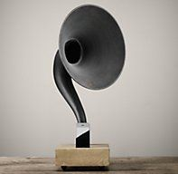 Gramophone iPhone® - Dry Oak