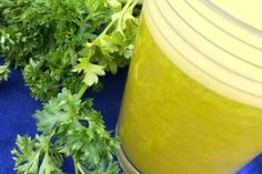 PARSLEY CLEANSER Parsley is an incredible detoxifier. It binds to heavy metals and toxins and pulls them right out of your system.