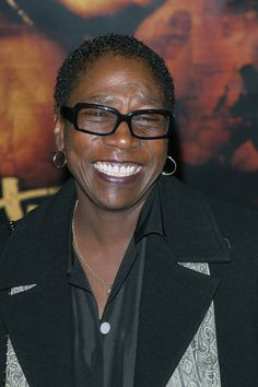 Afeni Shakur, Activist and Mother of Tupac Shakur, Dies at 69 - The New York Times On May 2, 2016, police and paramedics responded to Shakur's home in Sausalito, California. She was transported to a nearby hospital, where she was pronounced dead of a suspected heart attack. Her body was cremated.