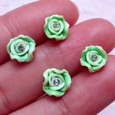 Small Flower Cabochon w/ Clear Rhinestones (4pcs / 8mm / Green / Flatback) Fimo Rose Nail Art Floral Polymer Clay Nail Deco Scrapbook NAC289