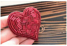 Etsy Embroidery, Embroidery Hoop Crafts, Embroidery Hearts, Flower Embroidery Designs, Bead Embroidery Jewelry, Beaded Embroidery, Embroidery Patterns, Bead Embroidered Bracelet, Beaded Brooch