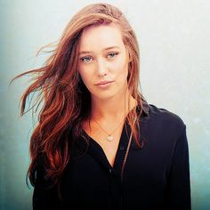 Alycia Debnam-Carey || The 100 cast || Commander Lexa