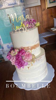 Ein Semi Naked Cake mit Rosen in den Farben pink und rosa. Die Torte wurde dezent mit Blattgold verziert, welches perfekt zum personalisierten Cake Topper passt. #weddingcake #seminakedcake #cake #ediblegold Party, Wedding Cakes, Desserts, Pink, Communion, Wedding Day, Engagement, Wedding Cake Roses, Gold Leaf