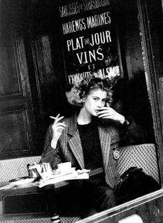 "Back to the — ""Matisse"", Vogue Italia,. Black N White, Black White Photos, Black And White Photography, Black Widow, Women Smoking, Girl Smoking, Parisian Style Fashion, Fashion Fashion, Portrait Photography"