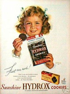 Vintage Oreo Cookie Ad, my FAVORITE cookie growing up!  I wish they still made them.