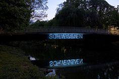 Gunda Foerster, SCHWEIGEN, 2 Neonworte, Lippstadt   Permanente Arbeit seit 2007_3