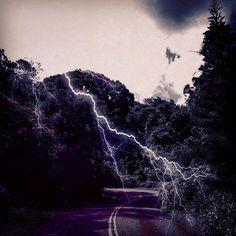 "Lightning lit up the sky. #lightning #hawaii #hilife #luckywelivehi #808 #nature #instagood #instamood  (at Tantalus"" Round Top""..."