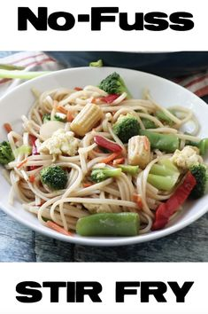 This recipe for No-Fuss Stir Fry is a vegetarian meal that is so easy to make and whips up quickly. Rice noodles, vegetables and a delicious sauce! Healthy Salmon Recipes, Veggie Recipes, Vegetarian Recipes, Veggie Meals, Healthy Lunches, Vegan Vegetarian, Healthy Food, Vegetable Stir Fry Sauce, Oriental Recipes