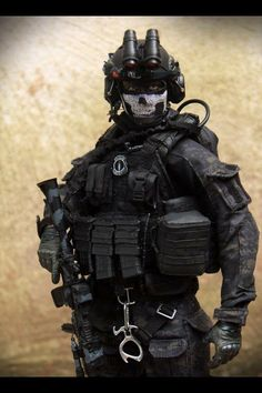 Military Vest, Military Police, Navy Seal Wallpaper, Special Forces Gear, Rainbow Six Siege Art, Advanced Warfare, Military Figures, Navy Seals, Punisher