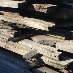Picking up more Garrison Hollow barn wood for Barnwoodpens.com