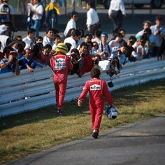 Oct 21, 1990: Ayrton Senna (left) and Alain Prost make their way back to the pit lane after colliding at the first corner at the #JapaneseGP #F1Finale #Formula1 #F1