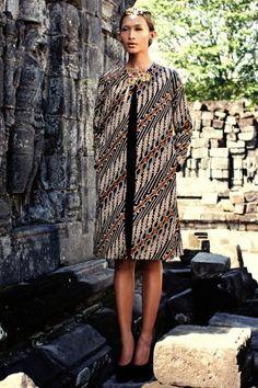 Inspiration of Batik by Iwan Tirta batikretail.com