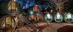 tubohotel - hotel de tubos de concreto reciclados