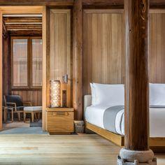 Four Bedroom Antique Villa Resort Interior, Chinese Interior, Asian Interior, Villa, Hotel Reception, Victorian Terrace, Victorian Homes, Soho House, Hotel Reviews