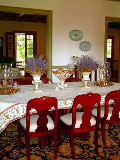 Laura Plantation, Vacherie, the dining room
