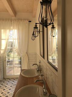 Bemutatom a … – A cseppet sem mellékes helyiségeket – Mindenüttjóde New Homes, Mirror, Bathroom, House, Furniture, Home Decor, Washroom, Decoration Home, Home