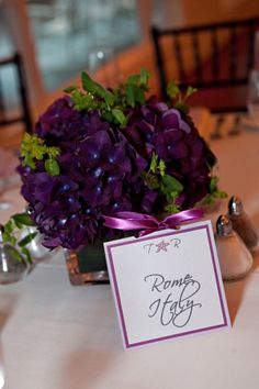 Originally this pin highlighted the flower centerpiece, but I'm more interested in ...Names of cities for table cards! Love this idea.