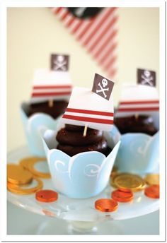 Pirate Themed Cupcakes and Party Ideas from Cottage Industrialist http://www.pinterestbest.net/Cheesecake-Factory-Gift-Card