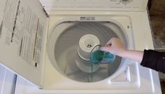 Sie schüttet Mundspülung in ihre Waschmaschine - Schau Dir an, was dann passiert. | LikeMag | We like to entertain you