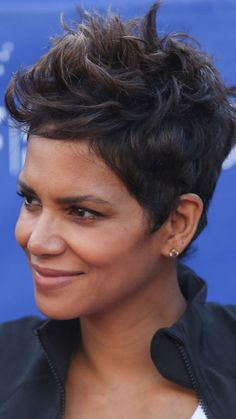 To recreate Halle Berry's simple look, Lesly Morales, a stylist at Chicago's Red 7 Salon, suggests sprinkling texture powder all over the top of the head, then using pomade to style individual pieces whatever way you like.