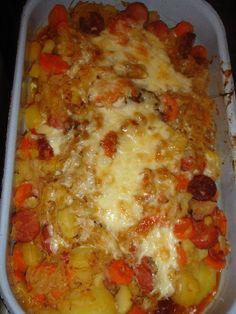 Zapekané zemiaky s kyslou kapustou - Recept pre každého kuchára, množstvo receptov pre pečenie a varenie. Recepty pre chutný život. Slovenské jedlá a medzinárodná kuchyňa Lasagna, Food And Drink, Beef, Ethnic Recipes, Meat, Lasagne, Steak
