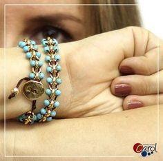 Rings, cord and turquoise beads bracelet Seed Bead Jewelry, Boho Jewelry, Beaded Jewelry, Jewelry Accessories, Handmade Jewelry, Jewelry Design, Cord Bracelets, Pearl Bracelet, Bijoux Diy