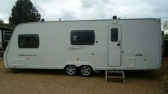 Lunar Quasar FB, 6 Berth, (2008) Used - Good condition Touring Caravans for sale