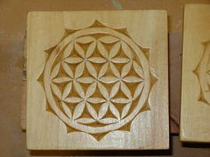 Chip carving Wood Carving Patterns, Carving Designs, Wood Sculpture, Sculptures, 3d Panels, Chip Carving, Got Wood, Gourd Art, Wooden Jewelry
