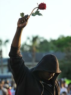 wear your hoodies in honor of trayvon