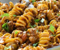 Rate this post One-Pot Cheesy Taco Pasta Kids loved it. Dad not so much lol. An easy and delicious recipe for One-Pot Cheesy Taco Pasta loaded with ground beef and lots of shredded cheese, ready in about 30 minutes! Mexican Food Recipes, New Recipes, Dinner Recipes, Cooking Recipes, Healthy Recipes, Recipies, Cooking Tips, Cooking Videos, Salad Recipes