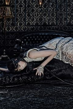 Dark and mysterious. / Fall ad for Alexander McQueen, shot by Steven Klein.