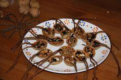 Letitia svetu: Kŕmidlá z orechových škrupiniek